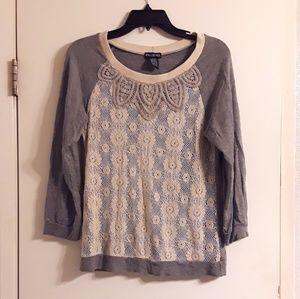 Grey Lace Daisy Shirt Three Quarter Length Sleeves